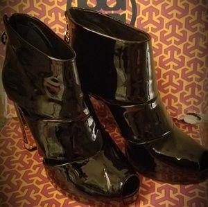 Tori burch heel boots